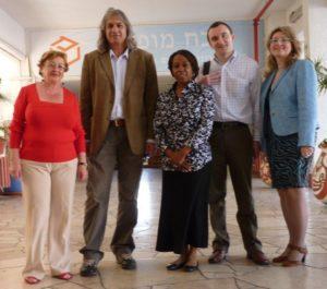 Dr. Howards visit to Shevah Mofet school Tel Aviv